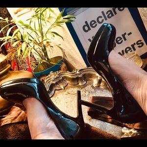 SEXY Retro Black Patent Leather Stilettos 👠
